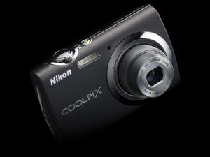 Digitalkamera Nikon Coolpix S230 (Foto: Nikon)