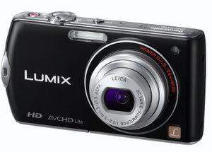 Panasonic DMC FX70 Digitalkamera (Foto: Panasonic)
