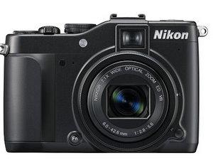 Nikon Coolpix P7000 Digitalkamera (Foto: Nikon)