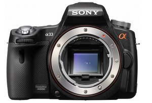 Wird warm: Sony Alpha A 33 D-SLR Digitalkamera