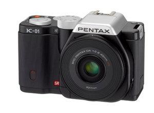 Echt kantig: Pentax K-01 System Digitalkamera