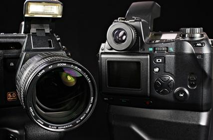 Aktuelle Spiegelreflexkameras als Weihnachtsgeschenk