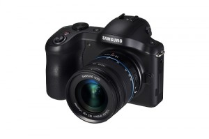 Muss keinen Vergleich scheuen: die Systemkamera Samsung Galaxy NX